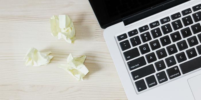 schrijven kladjes schrijfsels laptop